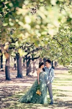 Prewedding in Melbourne - Photography by Wide-eyedea Studio, Make up & Hair Do by Keziah Shierly Make-up Artist