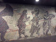 William Kentridge - mosaico - stazione TOLEDO - metro - NA
