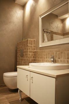 bathroom , brick , beige , retro