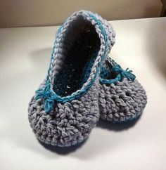 Crochet women's slippers in gray and turquoise by bystephaniesmith