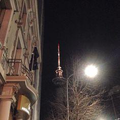Sky Tower / Auckland city