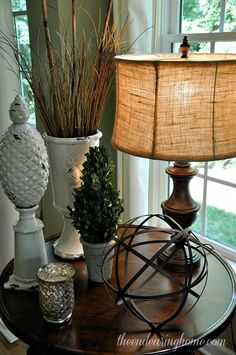 Tuscan style – Mediterranean Home Decor Living Room End Tables, Formal Living Rooms, Living Room Decor, Home Decor Furniture, Home Decor Items, Home Decor Accessories, Tuscan Decorating, Decorating Coffee Tables, Decorating Ideas