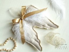 Ma Petite Maison: DIY Angel Wings Ornaments