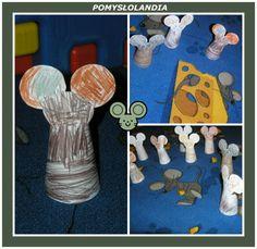 Myszka z papieru : Mała myszka siedzi sobie i ząbkami serek skrobie... Dzisiaj Kasieńka przedstawi Wam jak powstawała myszka z papieru i tym razem maluchy szybciutko zabrały się do dzieła. Bardzo lubią swój dywan w myszki, które zajadają serek, a więc praca podczas wykonywania papierowego gryzonia swprawiła im wielką radość. -na białej kartce papieru rysujemy szablon myszki i wycinamy; -gotowy szablon maluszki koloruja kredkami; -pokolorowany szablon myszki zawijamy tak aby...