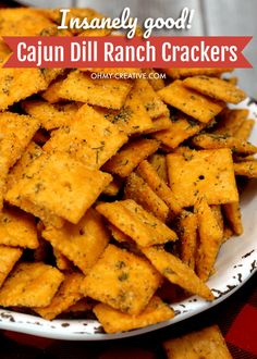 How To Make Crack Crackers Spicy In Cajun Dill Ranch - insanely good! This Cheez-It crack cracker recipe is so easy to make with amazing tangy flavors! Crack Crackers, Spicy Crackers, Homemade Crackers, Cajun Crackers Recipe, Crazy Crackers Recipe, Seasoned Crackers, Snack Mix Recipes, Recipes Appetizers And Snacks, Savory Snacks