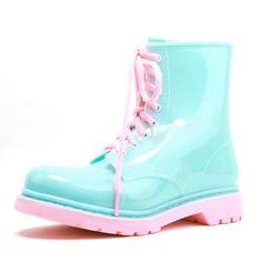 https://www.aliexpress.com/item/High-Quality-2015-Brand-Women-Fashion-PVC-Martin-Rain-Boots-Cartoon-Jelly-Colors-Flat-Heels-Rainboots/32325974402.html?spm=2114.01010108.3.1.AYM8iu