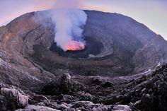 ニーラゴンゴ山(Mount Nyiragongo)