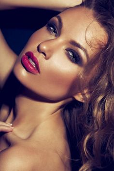 Lip Stain: The Hot Summer Beauty Staple