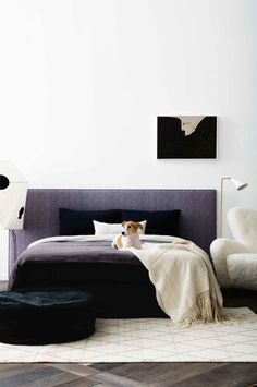 The 2017 Ikea catalog dropped online today and as tradition has it, we're posting some cool decorating tricks we spotted inside. If yo. Picture Wall Living Room, Living Room Pictures, Nook, Modern Bedroom, Master Bedroom, Interior Styling, Interior Design, Diy Design, Italian Furniture Brands
