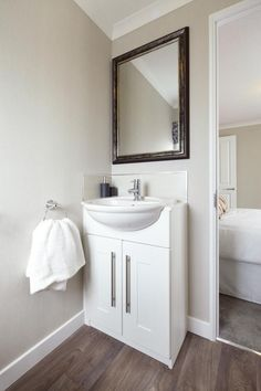 Regency Park Home En Suite