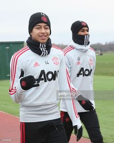 Jesse Lingard and Marcus Rashford of Manchester United in action during a first team training session at Aon Training Complex on December 2018 in Manchester, England. Soccer Stars, Soccer Boys, Lingard Manchester United, Manchester United Wallpaper, Jesse Lingard, Manchester United Players, Marcus Rashford, Sporting, Football Is Life
