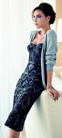 Victoria Beckham Fashion Beauty, Fashion Shoot, Womens Fashion, Fashion  Mode, Fashion Dresses a4b95af7a6f0