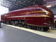 Art Deco style, Duchess of Hamilton, Steam Locomotive, National Railway Museum, York Escala Ho, Diesel, National Railway Museum, Choo Choo Train, Steam Railway, Art Deco, Bonde, Train Pictures, British Rail