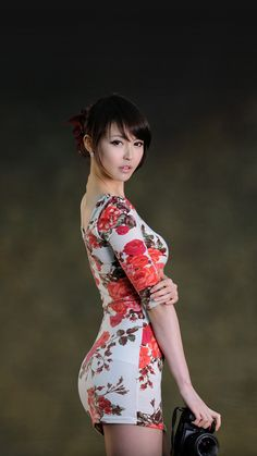 Perfect fusion of style and sexy Hot Girls, Cute Asian Girls, Pretty Asian, Beautiful Asian Women, Sexy Outfits, Foto Portrait, Asian Hotties, Glamour, Tight Dresses