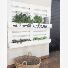 healthy living tips for seniors home care home Terrazas Chill Out, Bedroom Crafts, Pallets Garden, Ikea, Backyard Projects, Cool Walls, Garden Furniture, Wall Murals, Sweet Home