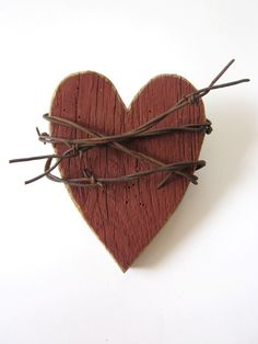 Rustic Red Heart Barn Wood Sign barbed wire