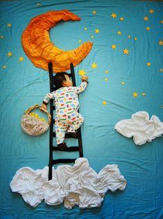 Olha que massa, uma artista teve a ideia de imaginar como seria os sonhos dos bebês, e enquanto eles estavam dormindo ela colocava um cenário todo em volta e o resultado é esse aí. Show de bola.