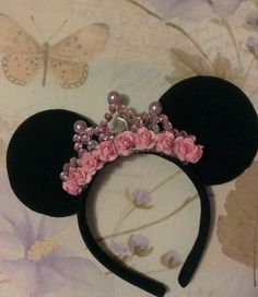 Gorgeous Minnie Mouse Ear Headband with Custom crown all Black made of soft flannel material Minie Mouse Party, Minnie Mouse Theme, Mickey Party, Mouse Ears Headband, Ear Headbands, Fete Emma, Mickey E Minie, Mickey Mouse Birthday, Halloween Kostüm
