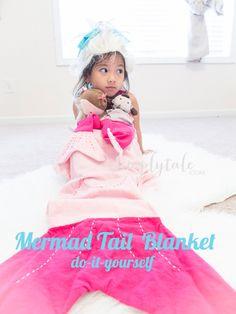 {DIY} Mermaid Tail Blanket | Simply Tale #mermaidtail #mermaidblanket #diyblanket #diymermaidblanket