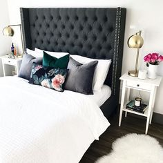 Emily's #MyHomeSense floral cushion has really grown on us, with moody tones & luxe velvet texture, perfect for a snow-day snooze.