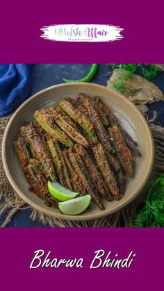 Indian Vegetable Recipes, Healthy Indian Recipes, Spicy Recipes, Curry Recipes, Indian Dessert Recipes, Pakora Recipes, Paratha Recipes, Chaat Recipe, Paneer Recipes