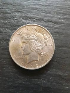 Beschreibung<br />USA 1 Dollar 1922|Philladelpia<br />Material:Silber<br />Gewicht:26,73 g<br...,One Dollar Münze von 1922 in Magdeburg - Magdeburg