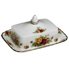Royal Albert Old Country Roses Rectangular Covered Butter Dish Antique China, Vintage China, Vintage Tea, Royal Albert, Special Dinnerware, Royal Garden, China Patterns, Royal Doulton, Butter Dish