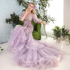 Floral Mermaid Evening Gown (4.174.515 IDR) ❤ liked on Polyvore featuring dresses, gowns, flower print dress, floral gown, floral print ball gown, purple floral dress and purple ball gowns