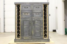 Wine/liquor Storage Cabinet