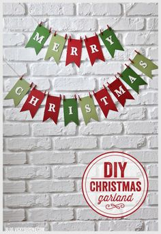 DIY Christmas Decorations - DIY Merry Christmas Garland - Easy Handmade Christmas Decor Ideas - Cheap Xmas Projects to Make for Holiday Decorating - Home, Porch, Mantle, Tree, Lights Diy Christmas Garland, Diy Christmas Decorations Easy, Christmas Banners, Christmas Centerpieces, Christmas Countdown, Simple Christmas, Holiday Crafts, Homemade Christmas, Holiday Decorating