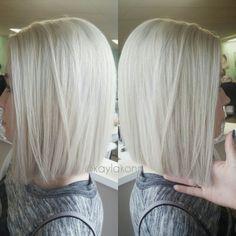Haircut for Fine Ice Blonde Hair - Blonde Hair Bob Hairstyles 2018, Bob Hairstyles For Fine Hair, Everyday Hairstyles, Weave Hairstyles, Wedding Hairstyles, Blonde Blunt Bob, Short Hair Cuts, Short Hair Styles, Ice Blonde Hair