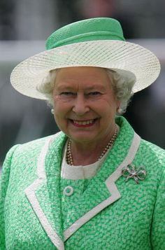 Queen Elizabeth, 2005. Very beautiful smile from the Queen Mother.