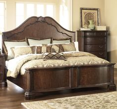Four Poster Bedroom Sets Ledelle Poster Bedroom Set B705 51 71 98 Millenn