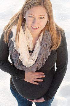 Winter Maternity Photo Shoot