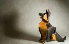 Gonzalo Garcia Calvo è un talentuoso e abile maestro nel ripiegare piccoli pezzi di carta, dando vita a splendide forme animali