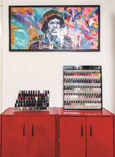 Salon Decor Reflects an Artist's Soul