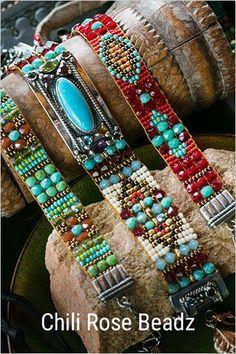 Shop Chili Rose Beadz by Adonnah - Schmuck Bead Loom Patterns, Jewelry Patterns, Bracelet Patterns, Beading Patterns, Stitch Patterns, Seed Bead Jewelry, Beaded Jewelry, Handmade Jewelry, Rose Jewelry