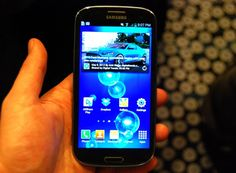 Apple fights to keep Samsung Galaxy S III offU.S.shelves