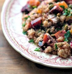 Quinoa Salad with Roasted Beets and Oranges from @winnieab   www.healthygreenkitchen.com
