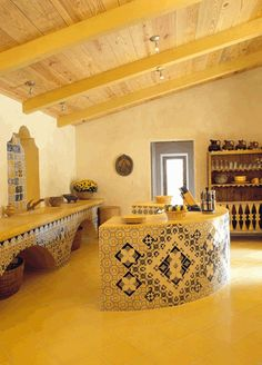 dream kitchen! but with dark ceiling beams..Hacienda Style