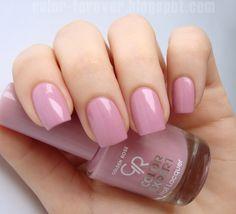 Wiosną stawiamy na róże! Color Forever w swojej recenzji prezentuje wyjątkowy kolor Golden Rose Color Expert nr 107: http://goo.gl/cBXonB