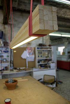 Aydınlatma ve Dekor Dünyasından Gelişmeler: Tasarım Stüdyosu Oli 13'den Ahşap Rough Sarkıt #aydinlatma #lighting #design #tasarim #dekor #decor