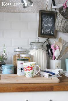 Koti asemalla Home, Kitchen, Blog, Cooking, Ad Home, Kitchens, Blogging, Homes, Cuisine