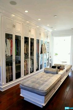 I've always wanted a huge walk in closet