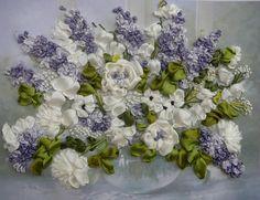 Gallery.ru / Белые цветы с сиренью - Вышивка лентами - silkfantasy