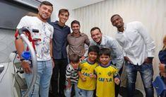 Zico e jogadores do Fla comemoraram abertura do posto Médico do clube