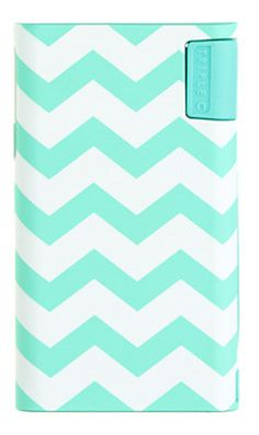 Love this universal charger with a gorgeous chevron print!  http://rstyle.me/n/dnp5vnyg6