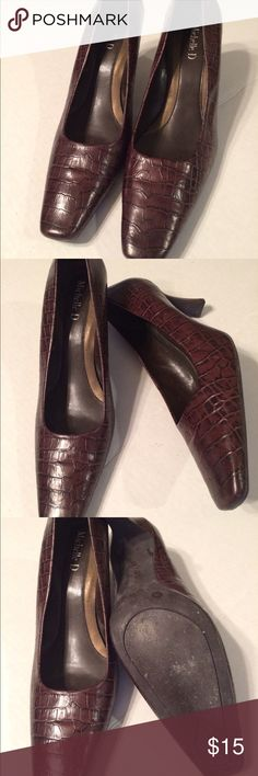 """BOGO FREE!!  Brown Faux Croc Leather Heels Sz 7 W In gently used  condition. 3"""" heels. Michelle D Shoes Heels"""