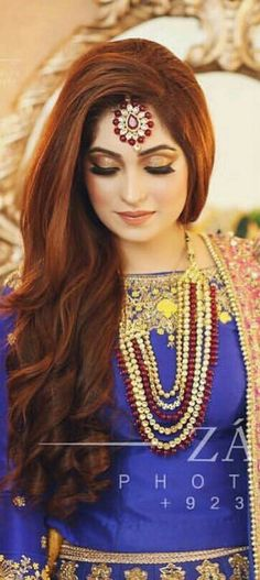 party makeup – Hair and beauty tips, tricks and tutorials Bridal Mehndi Dresses, Pakistani Bridal Makeup, Indian Bridal Fashion, Hairstyles For Gowns, Saree Hairstyles, Tikka Hairstyle, Indian Hairstyles, Wedding Hairstyles, Tikka Jewelry
