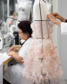 Everything suddenly starts coming together, as if by magic, during the final countdown to #MariaGraziaChiuri's Spring-Summer 2018 show. At Dior every detail counts, and the petites mains' amazing expertise and instinct means that no piece is ever static, with designs in flux until right up until they're sent out onto the runway! Stay tuned for more to come! #DiorSavoirFaire #DiorSS18